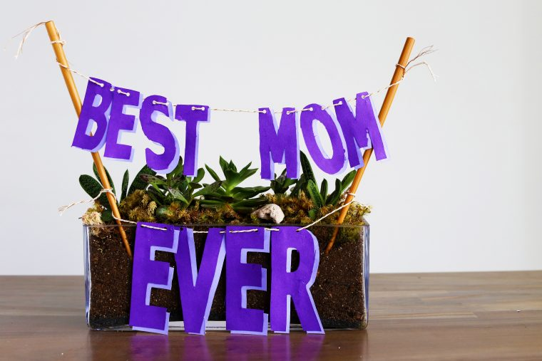 Mother's Day Decorations