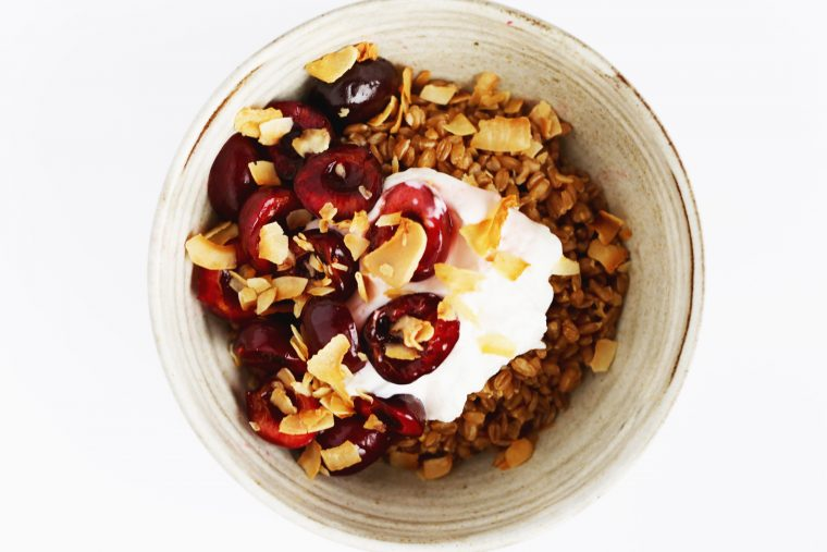 Breakfast Farro Grain Bowl